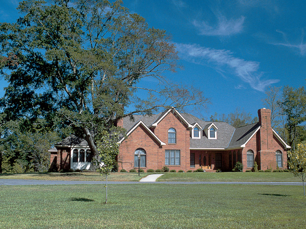 Traditional House Plan 10417