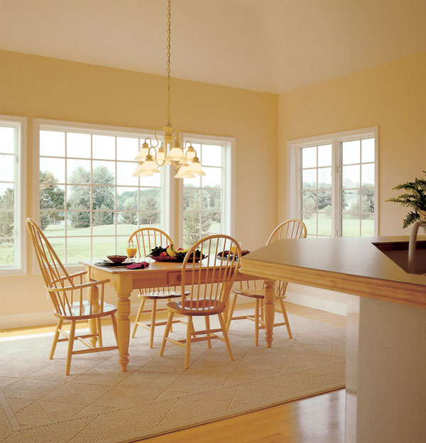 A light bright and airy breakfast area.
