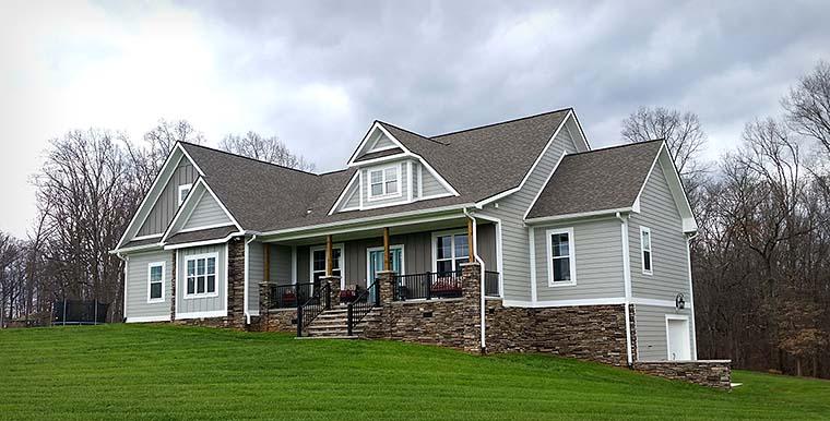 Traditional Garage Plan 40403 Elevation