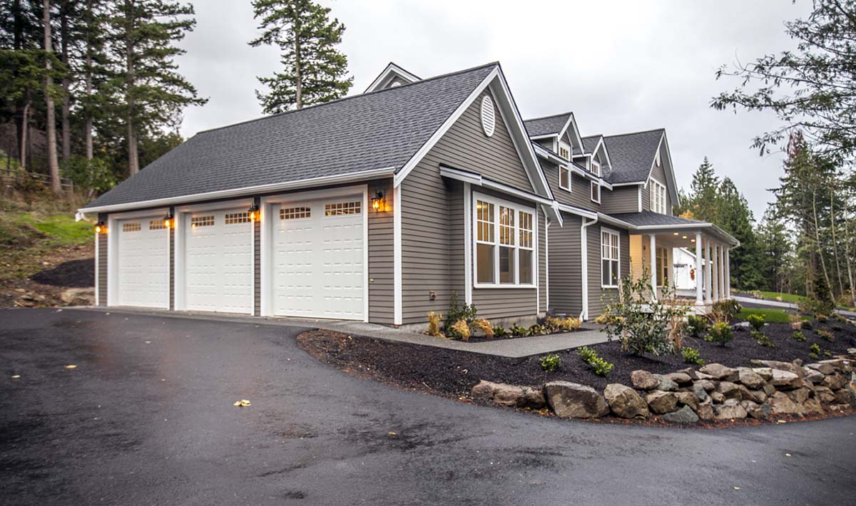Coastal, Farmhouse House Plan 40901 with 3 Beds, 3 Baths, 3 Car Garage Picture 2