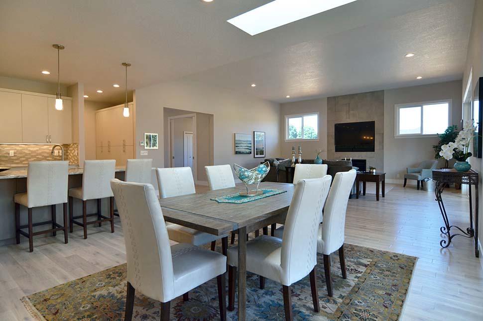 Modern, Prairie, Ranch House Plan 41389 with 3 Beds, 2 Baths, 2 Car Garage Picture 12