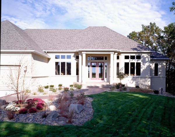 Traditional House Plan 42524