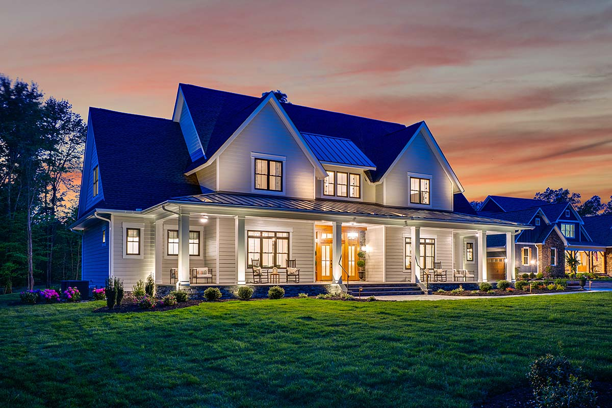 Country, Farmhouse, Traditional Plan with 3952 Sq. Ft., 4 Bedrooms, 4 Bathrooms, 3 Car Garage Picture 3