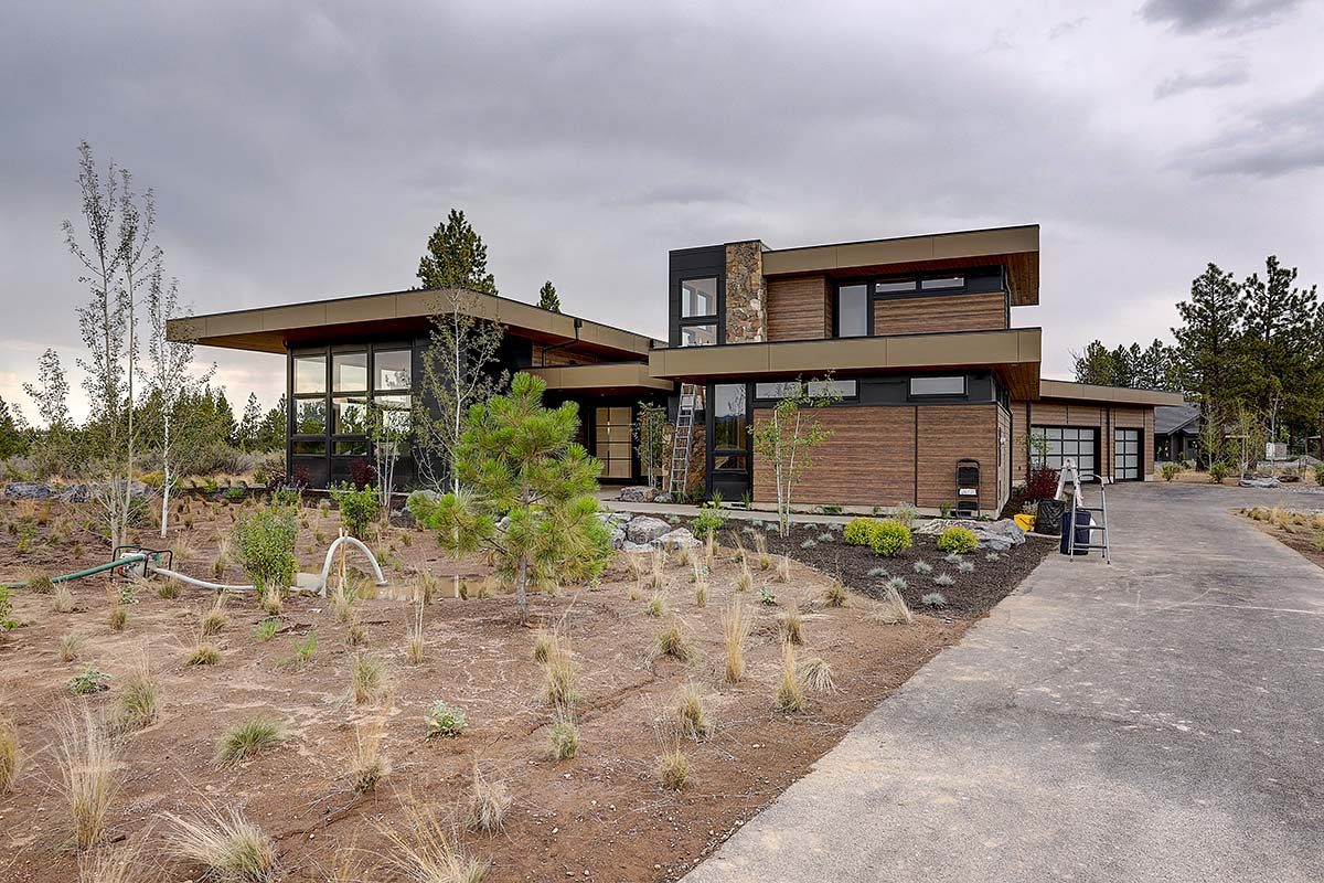 Contemporary House Plan 43331 with 4 Beds, 5 Baths, 3 Car Garage Picture 1