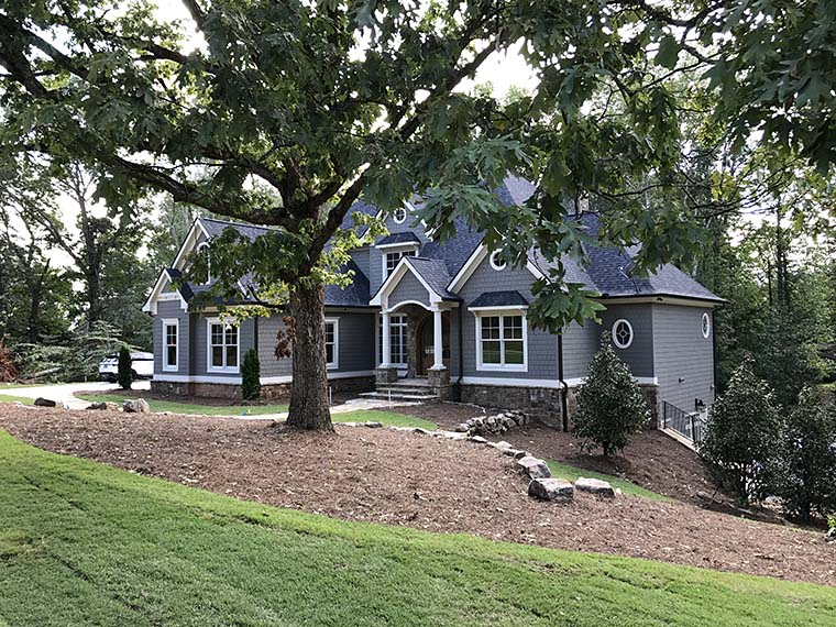 Southern Traditional House Plan 50276