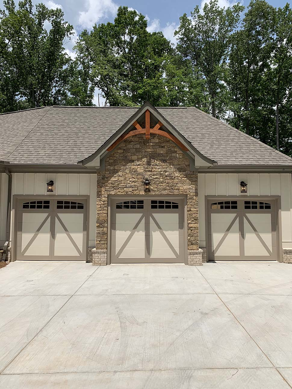 Country, Craftsman, French Country House Plan 52005 with 4 Beds, 4 Baths, 3 Car Garage Picture 2