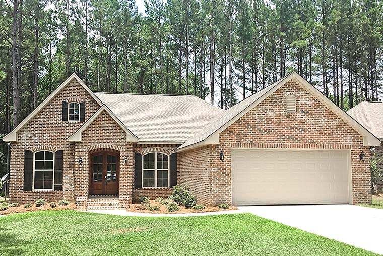 Country French Country Traditional Elevation of Plan 56998