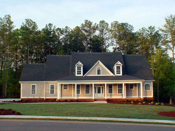 House Plan 58108 | Traditional Style Plan with 2844 Sq Ft, 4 Bedrooms, 4.5 Bathrooms, 2 Car Garage Elevation
