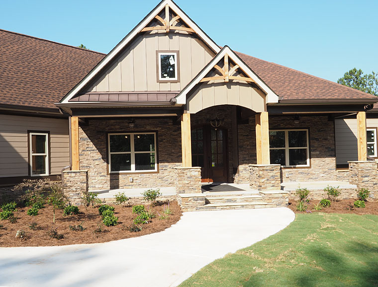 Cottage, Country, Craftsman, Traditional House Plan 58299 with 4 Beds, 4 Baths, 3 Car Garage Picture 1