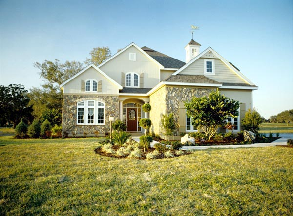 Southern Traditional House Plan 63282