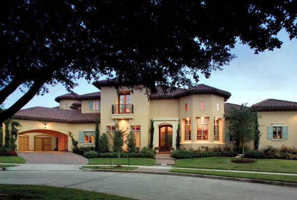 Mediterranean House Plan 66444