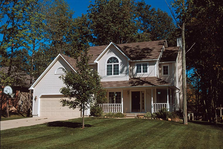 Traditional House Plan 67938