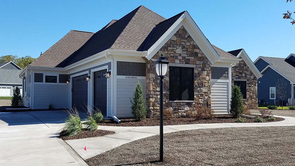 Craftsman, Ranch, Traditional House Plan 75462 with 3 Beds, 3 Baths, 3 Car Garage Picture 2