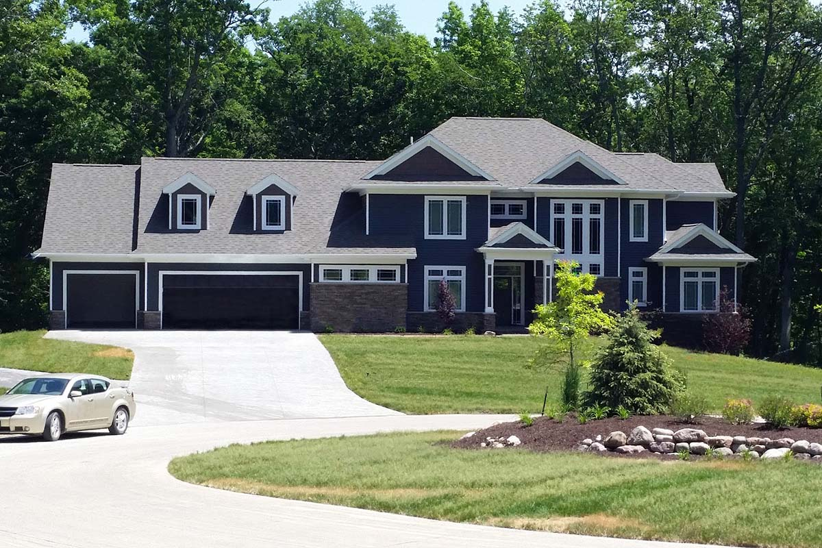 Traditional House Plan 75477 with 5 Beds, 5 Baths, 3 Car Garage Elevation