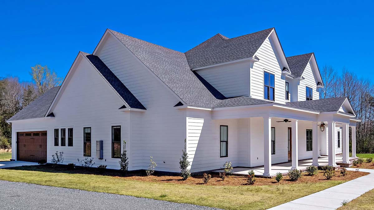 Country, Farmhouse, Traditional House Plan 78511 with 4 Beds, 5 Baths, 2 Car Garage Picture 2