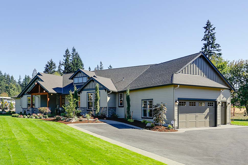 Craftsman, Ranch House Plan 81200 with 3 Beds, 3 Baths, 3 Car Garage Picture 4