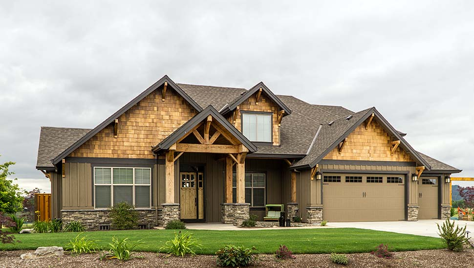 Bungalow, Craftsman House Plan 81209 with 3 Beds, 3 Baths, 3 Car Garage Picture 6