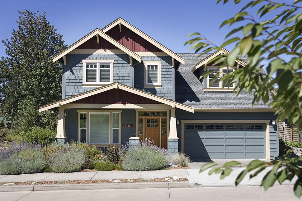 Craftsman, Traditional House Plan 81216 with 3 Beds, 3 Baths, 3 Car Garage Picture 1