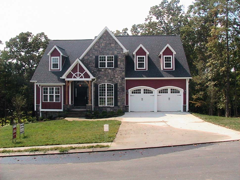 Craftsman, European, French Country, Traditional House Plan 81255 with 4 Beds, 3 Baths, 3 Car Garage Picture 8
