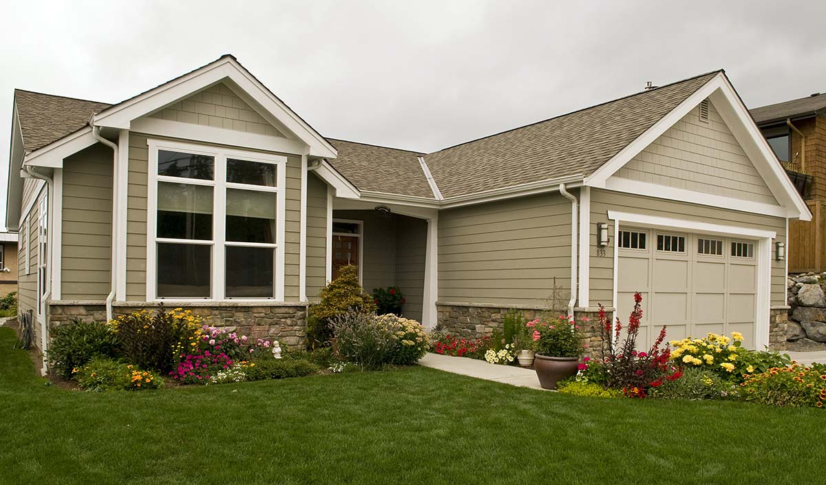 Bungalow, Craftsman, Narrow Lot House Plan 81292 with 3 Beds, 2 Baths, 2 Car Garage Picture 1