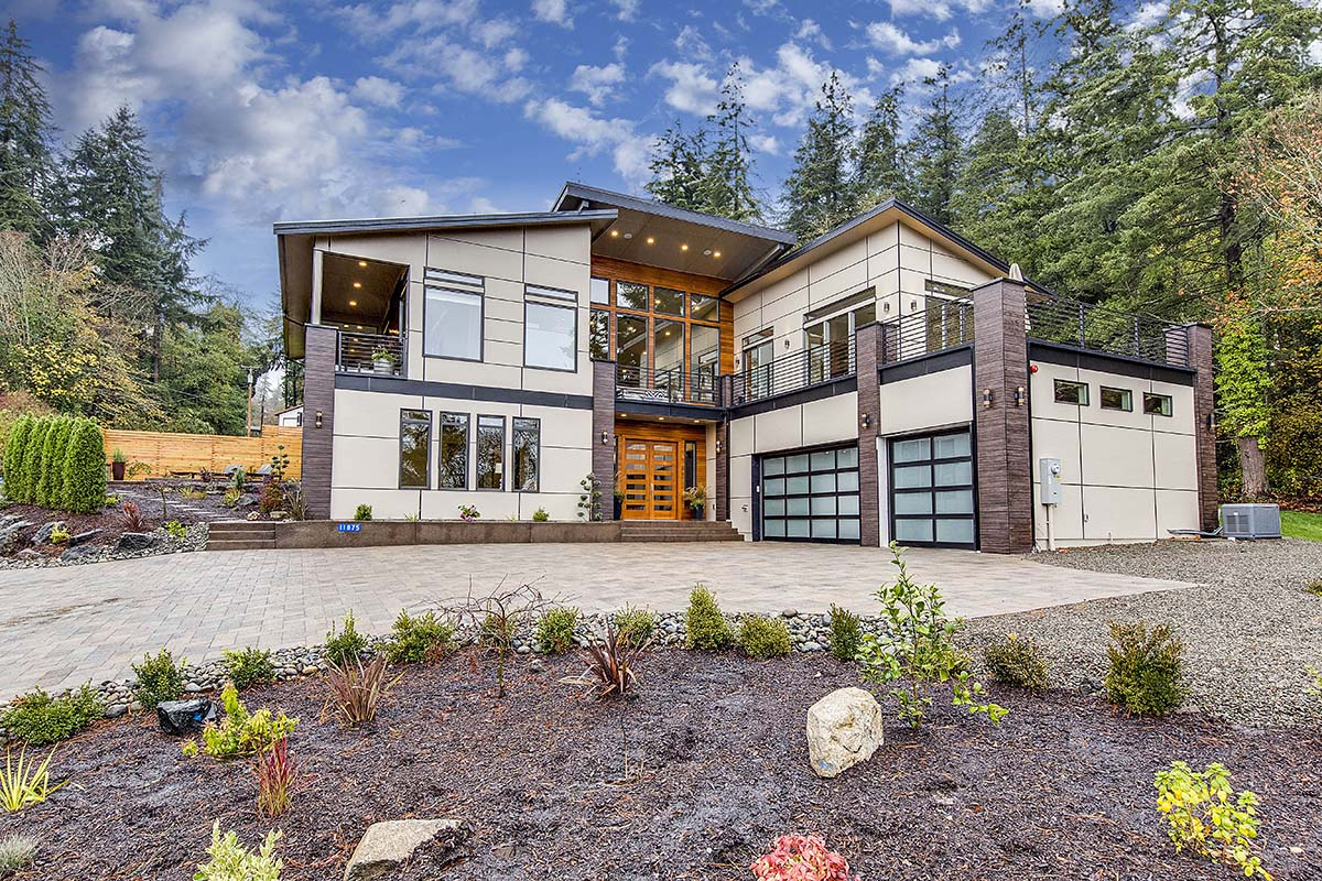 Contemporary, Modern House Plan 81911 with 3 Beds, 4 Baths, 3 Car Garage Picture 1