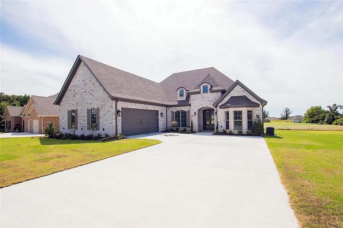 House Plan 82098 Elevation