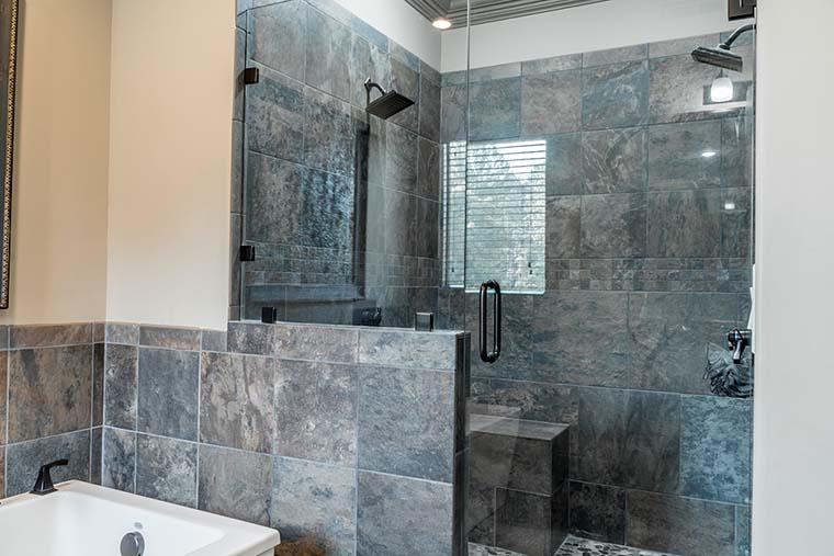 Craftsman, European House Plan 82230 with 4 Beds, 4 Baths, 3 Car Garage Picture 26