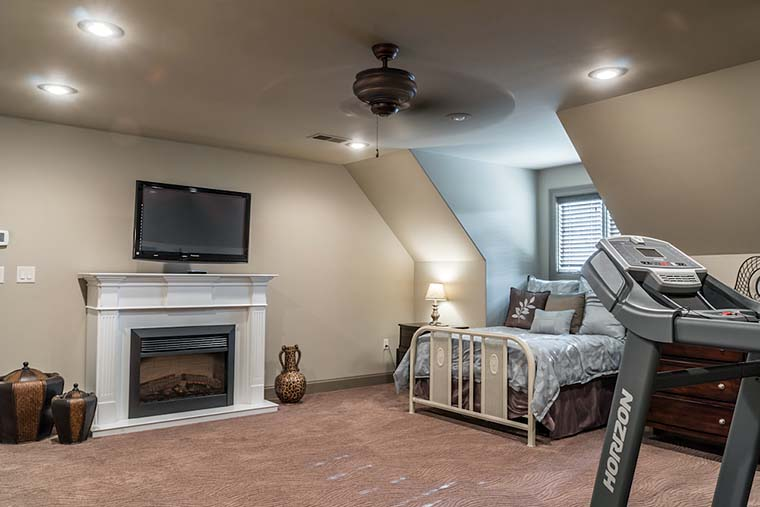 Craftsman, European House Plan 82230 with 4 Beds, 4 Baths, 3 Car Garage Picture 32