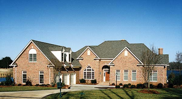 Traditional House Plan 85509 with 6 Beds, 5 Baths, 3 Car Garage Elevation