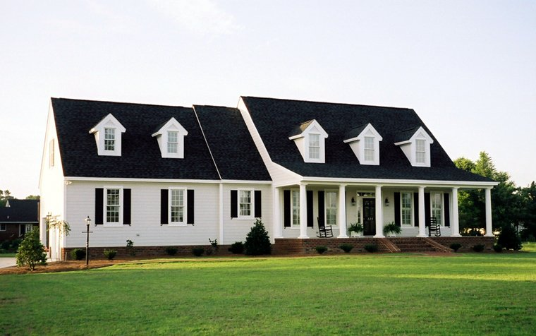 Colonial Southern Traditional House Plan 86286