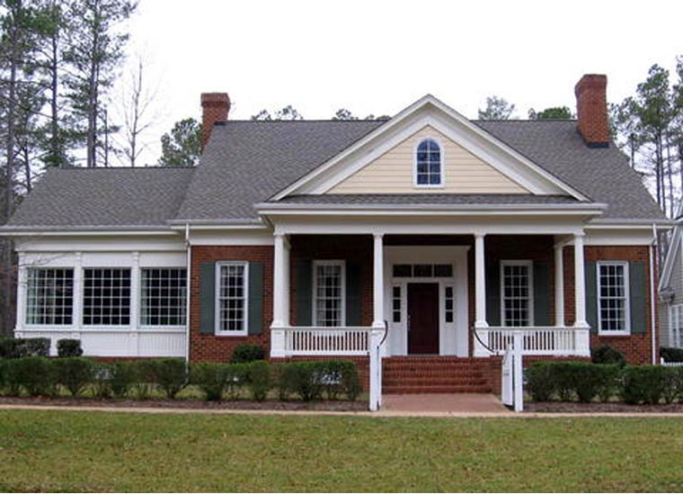 Traditional House Plan 86288