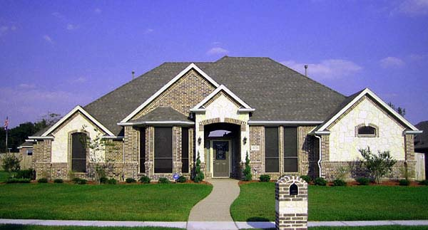 House Plan 89849 | Traditional Style Plan with 2721 Sq Ft, 5 Bedrooms, 3 Bathrooms, 3 Car Garage Elevation
