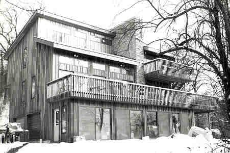 Contemporary Retro House Plan 90629