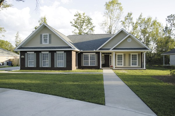 House Plan 92420   Colonial Craftsman Ranch Style Plan with 1787 Sq Ft, 3 Bedrooms, 2 Bathrooms, 2 Car Garage