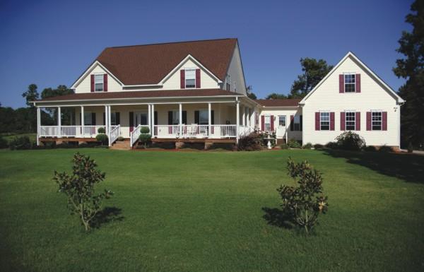 Farmhouse Style House Plan 92457 with 4 Bed, 4 Bath, 3 Car Garage on