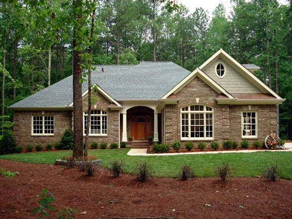 Traditional, House Plan 92468 with 3 Beds, 4 Baths, 3 Car Garage Elevation