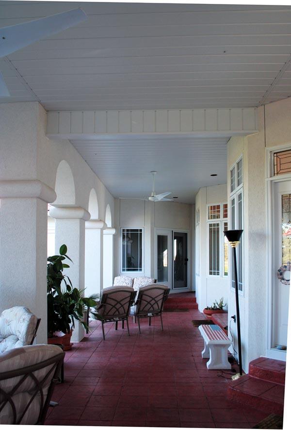 Florida Mediterranean House Plan 95652