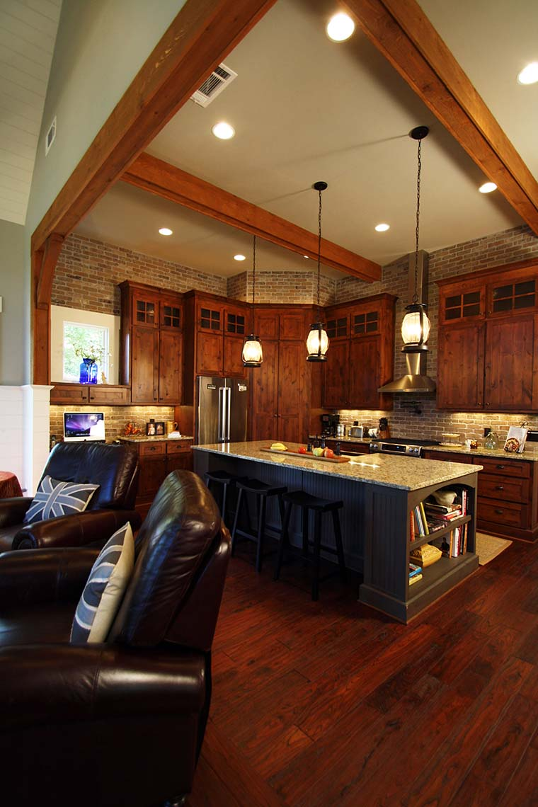 Craftsman, One-Story, Ranch, Traditional House Plan 97687 with 3 Beds, 3 Baths, 2 Car Garage Picture 5