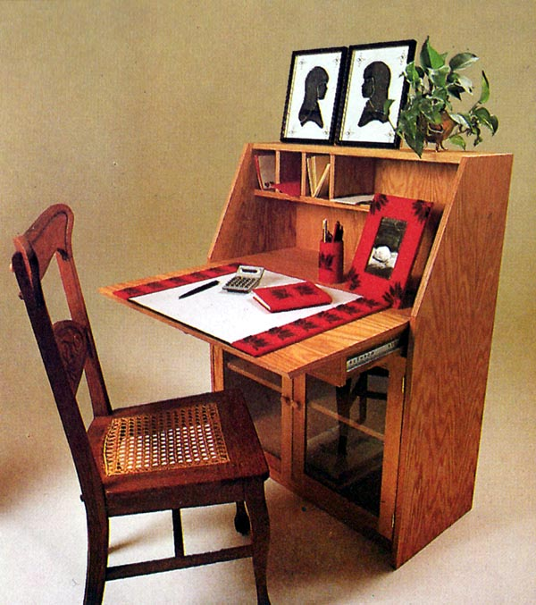 504365 - Slant-Front Desk