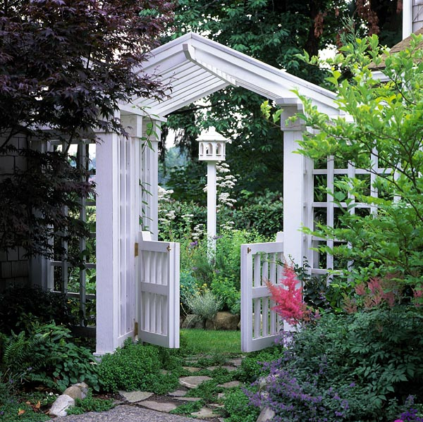 504876 - Gate, Arbor and Trellis